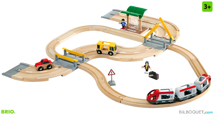 Rail & Road Travel Set 33 pieces BRIO