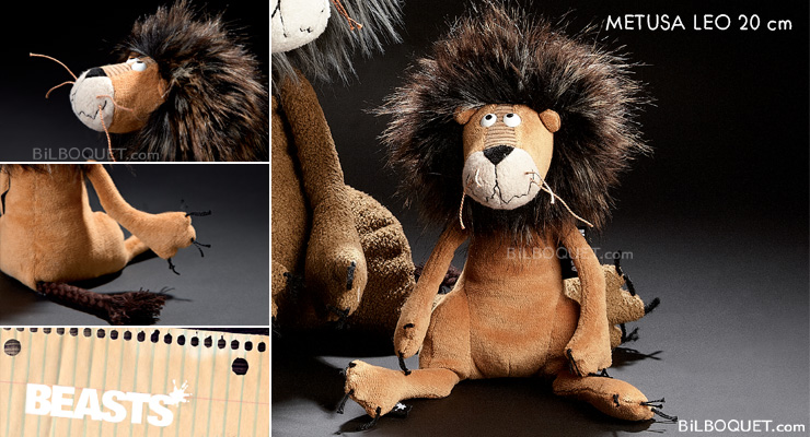 Metusa Leo Little Lion Plush Beasts Sigikid