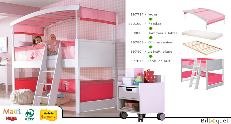 Matti White/Pink Play Bed Complete - Showroom Model Picked at our shop in Vannes Haba